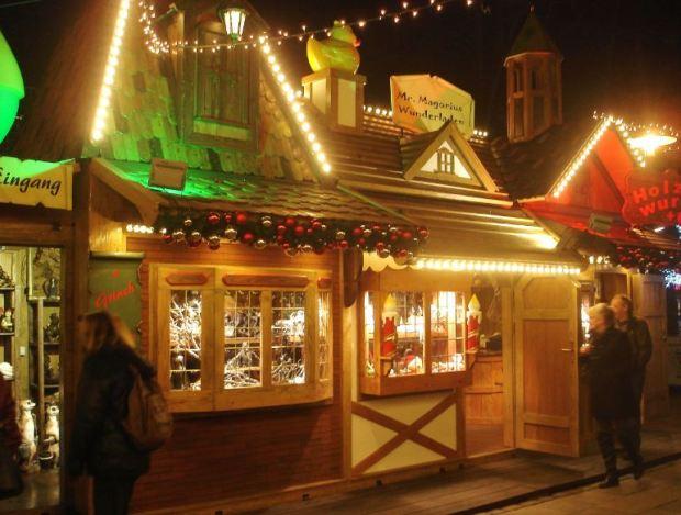 Wandsbeker Winterzauber - Neu in diesem Jahr: Mr. Magorius Wunderladen mit teilweise recht skurrilen Dingen ...