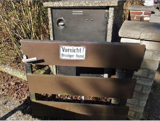Vorsicht!  Bissiger Hund - Blog: Michèle Gedanken(sprünge) - März 2014