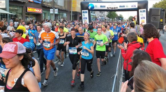 1. HEK-Halbmarathon in Wandsbek - Start