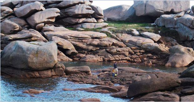 Bretagne - Der Norden - Granitküste - Mittendrin auf Krebs-, Fisch-, Muschelsuche ....