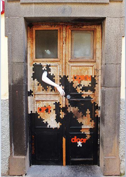 Madeira - Funchal - Altstadt - Kunstprojekt offene Türen