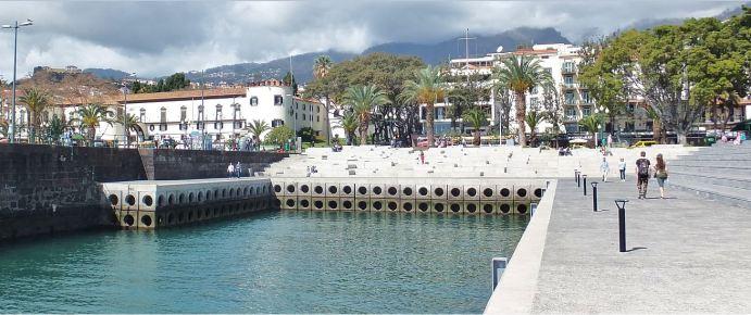 Madeira - Funchal - Am Hafen - Promenade