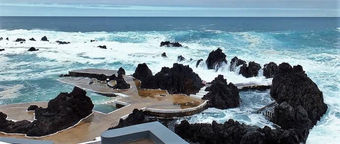 Madeira - Piscinas Naturais bei Porto Moniz - Die Becken füllen sich ...