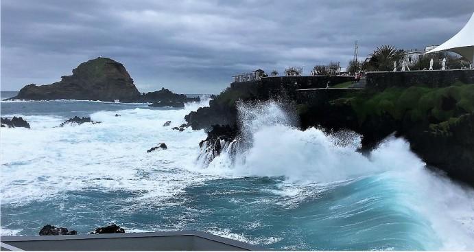 Madeira - Porto Moniz - Atlantik eben ....